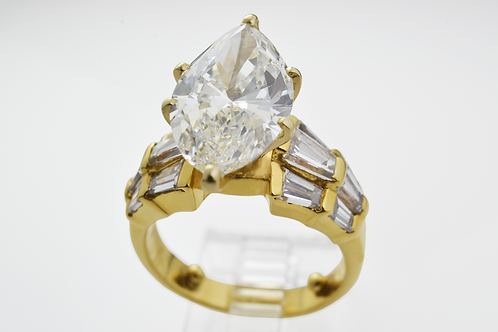4.57ct Marquise Cut Diamond Ring with 2.16ct Mounting, in Yellow Gold