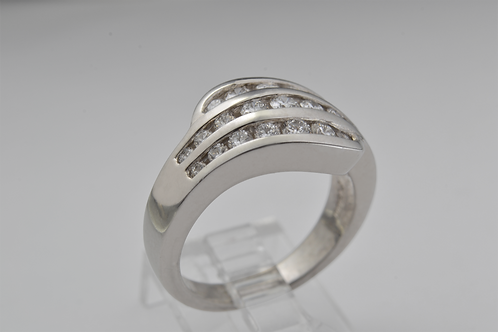 Platinum Diamond Multi-Channel Band
