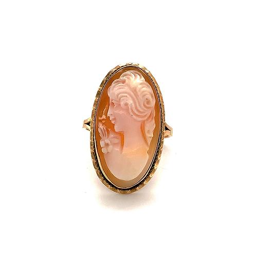 Beautiful Cameo Ring, in 14k Yellow Gold