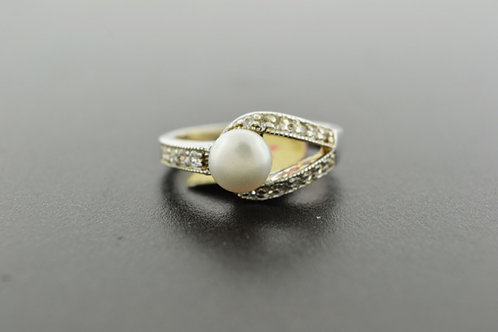 Button Pearl with Cubic Zirconia, Set in Sterling Silver Ring