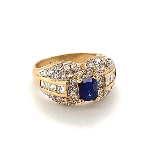 Natural Ceylon Sapphire Ring, w/Diamonds Set in 18k Yellow Gold