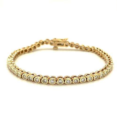Diamond Tennis Bracelet, Set in 14k Yellow Gold