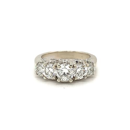 5-Stone Round Diamond Ring, in 14 White Gold