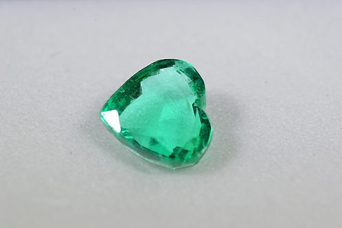 1.38CT Columbian Emerald Heart