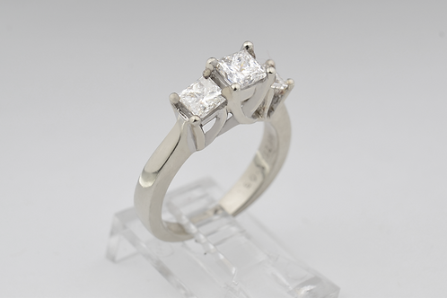3-Stone Diamond Ring, in 14k White Gold