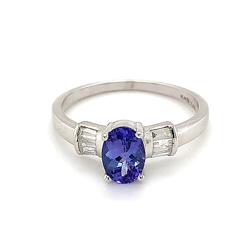Tanzanite and Diamond Ring, in 14k Yellow Gold