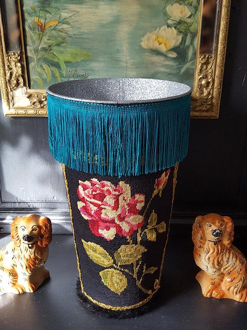 VASE Modèle fleurs franges bleues - Moyen modèle