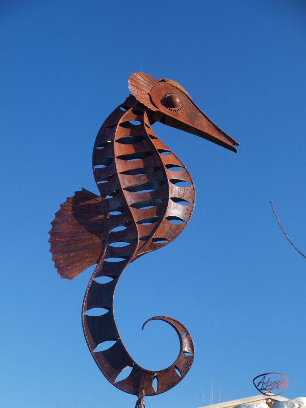 fish seahorse large image.JPG