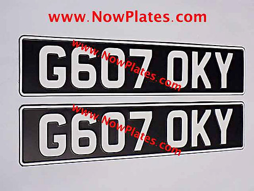 Pair of Vintage Black and White Pressed Plates (VW2)