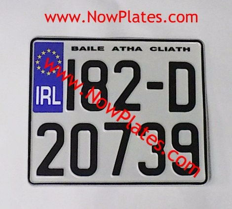 """IRL or Plain Square Pressed Plate 9"""" 1/2 x 8""""ins"""