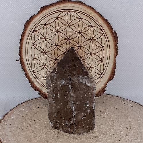 Quartz fumé,  semi brut hexagonal en pointe
