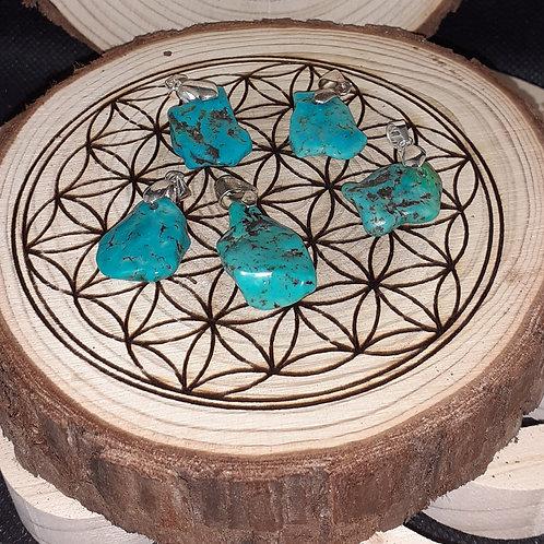 Turquoise d'Arizona, petit pendentif , bélière en argent 925