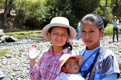 Tia with orphans, Latacunga