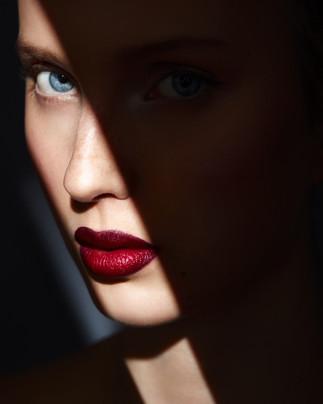 Photographer Arto Markkanen Model Ella Viherä / Paparazzi Model Management Makeup&hair Tiina Willman