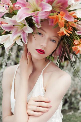 Photographer Wen Chen Floral Crown Arteflos Model Belinda Makeup&hair Tiina Willman