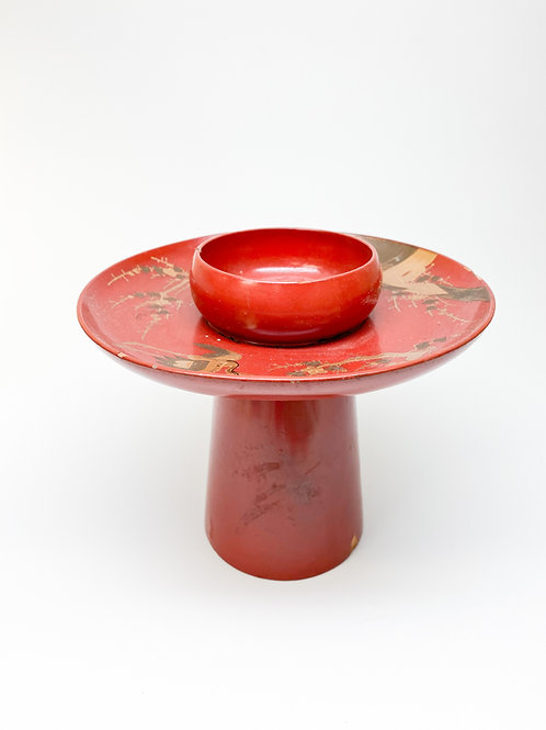 Early 20th Century Red and Gold Japanese Lacquer Drinking Stand