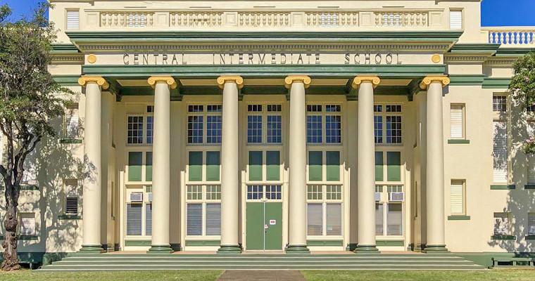 school-zoom.jpg