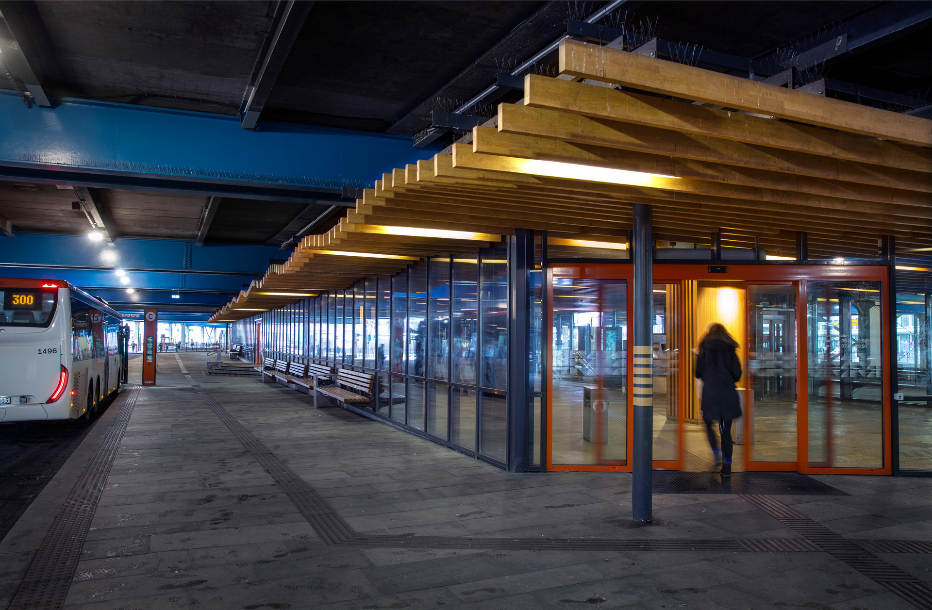 Kahrs Bystasjonen terminal-9226.jpg