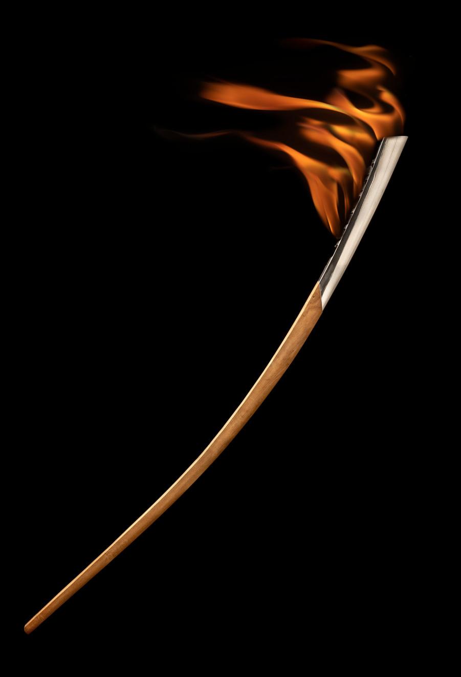 Olympic torch FLAME Black-01 - FM.jpg