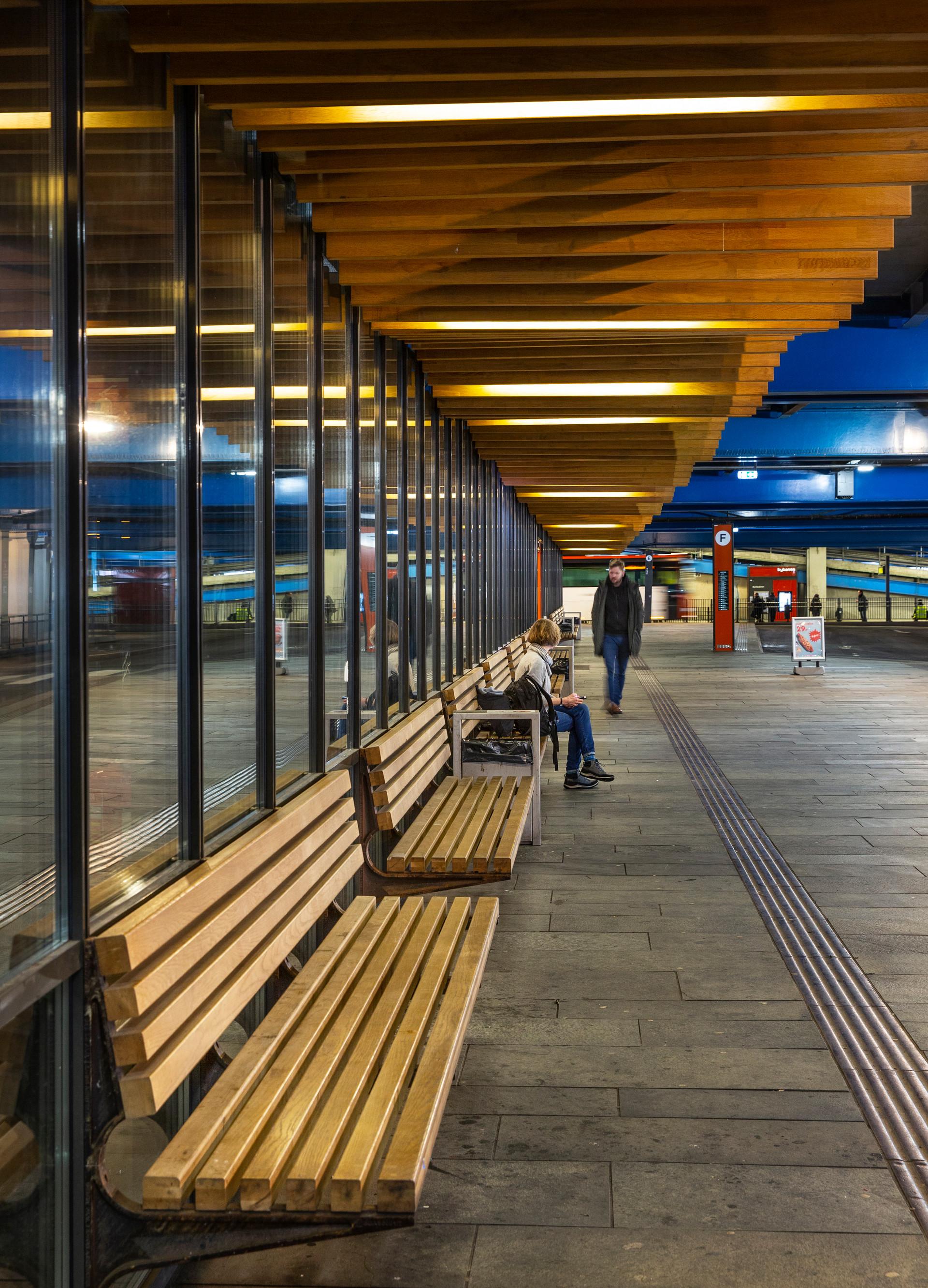 Kahrs Bystasjonen terminal-9236.jpg