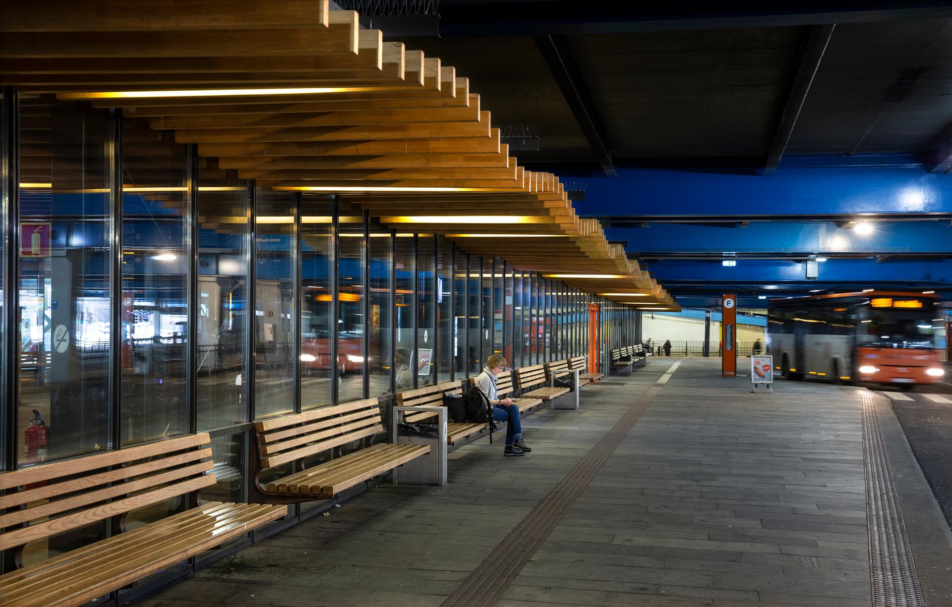 Kahrs Bystasjonen terminal-9235.jpg