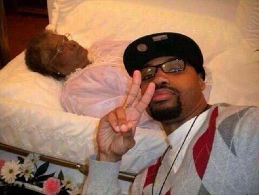 Example of a funeral selfie