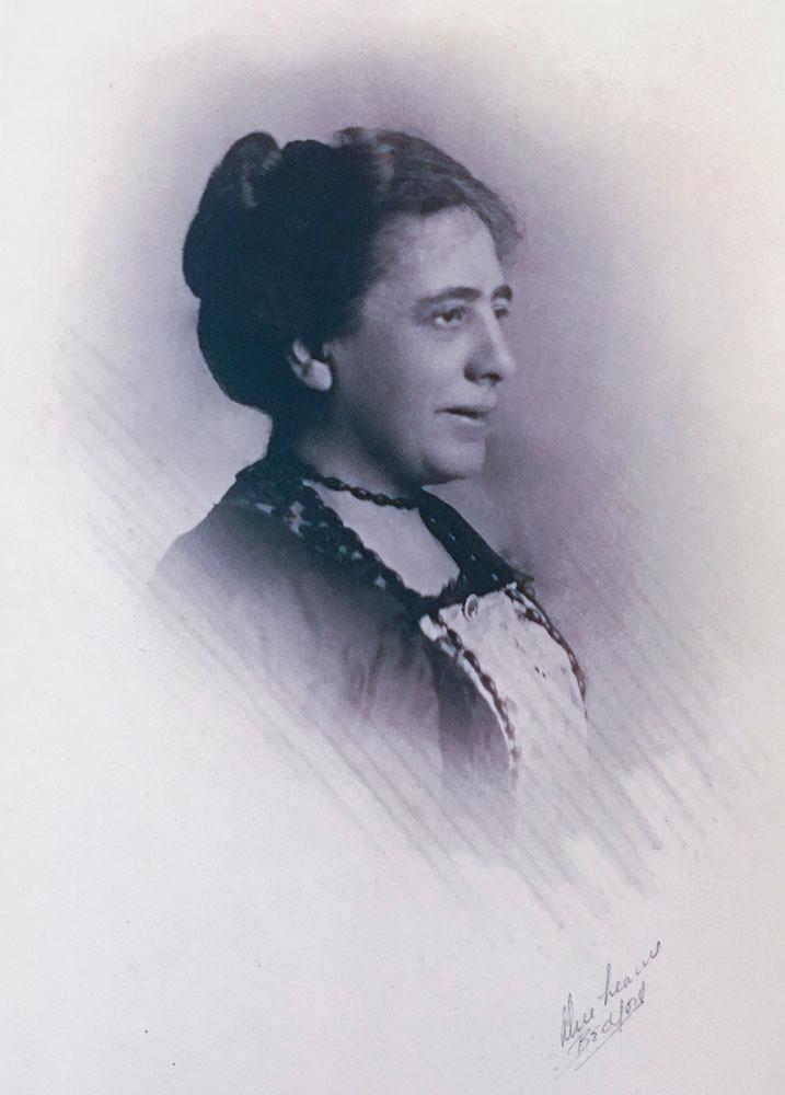 Mabel Barltrop, Octavia, the eighth prophet