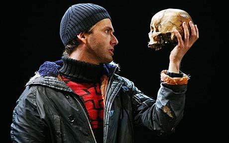 David Tennant with Andre Tchaikowsky's skull in Hamlet
