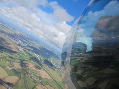 paul-flying-jsx_6022126834_o.jpg