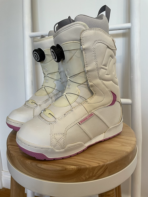 DC Emblem Snowboard Boots