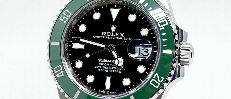 .Rolex Submariner 126610LV Kermit with box and papers brand new 41mm