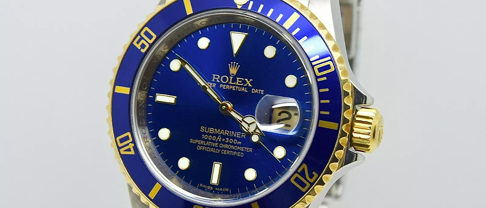 Rolex Submariner 16613 Box and Papers 2009 Rehaut Final Production