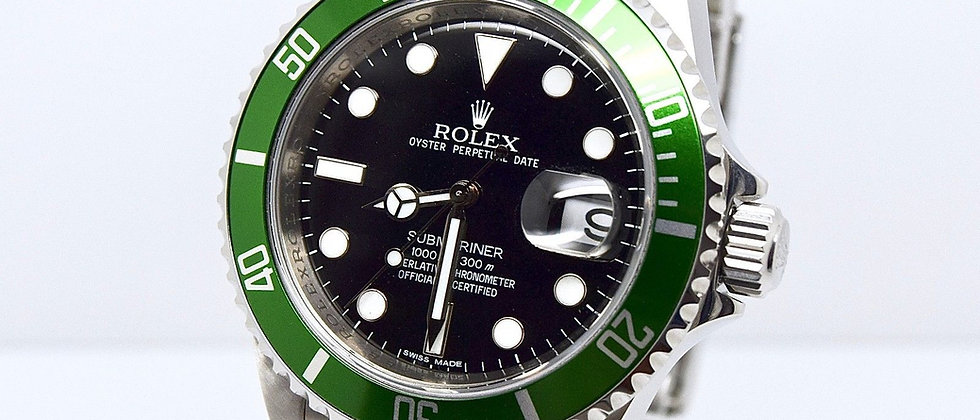 Rolex Submariner 16610LV Box and Papers 2009 Full Set Green Kermit