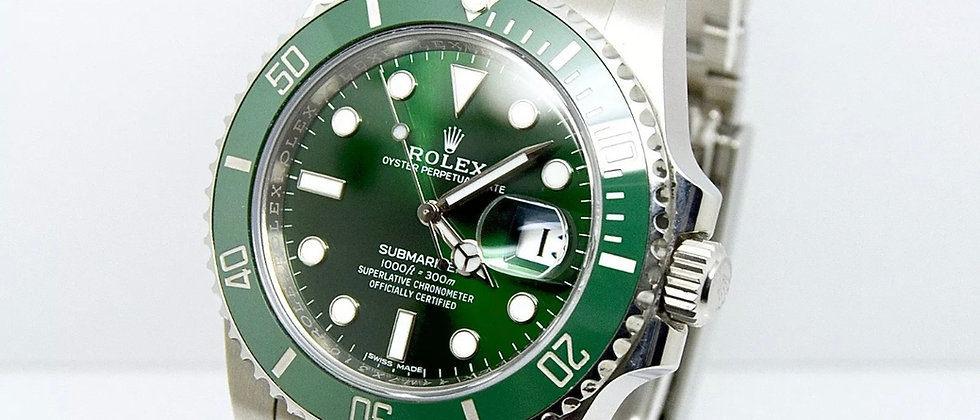 Rolex Submariner 116610lv Box and Papers 2016