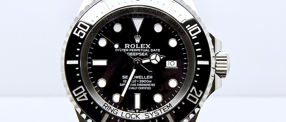 Rolex Sea Dweller Deepsea 126660 Box and papers 2020