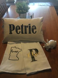 pilow towel set petrie.JPG