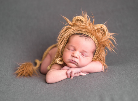 Chapel Hill Newborn Photographer | Should You Reschedule Newborn Portraits Due To Baby Acne?