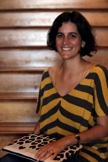 Profesora Tercer Ciclo y Media y  - Consuelo González