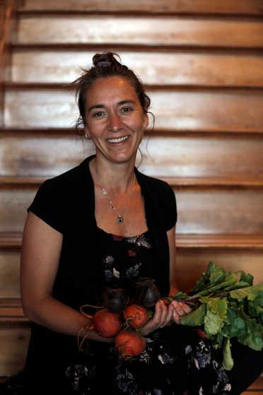 Profesora Tercer Ciclo y Media - Paula López