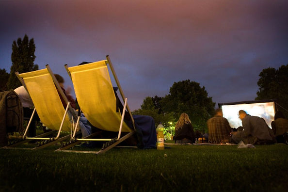 open-air-kino-sommerliches.jpg