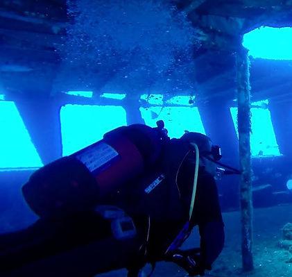 Malta Diving Left.jpg