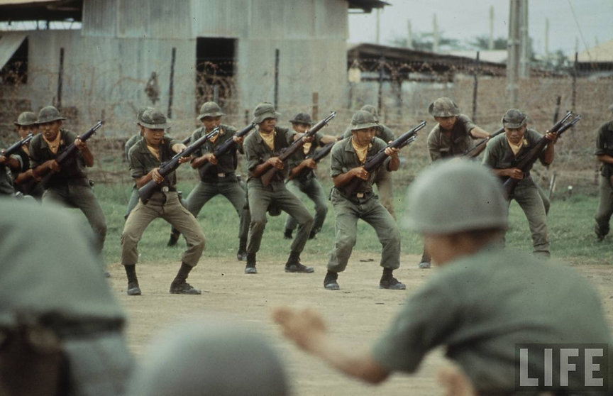 Vietnam - A People And A War02.jpg