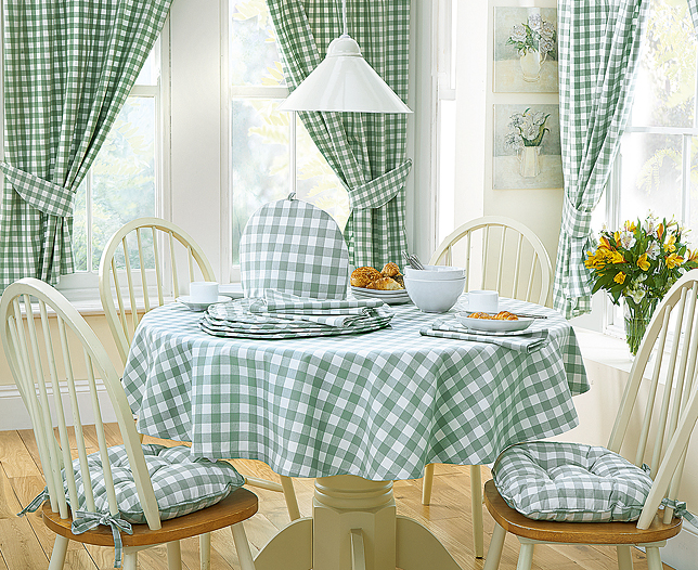 Table Linens & Cushions