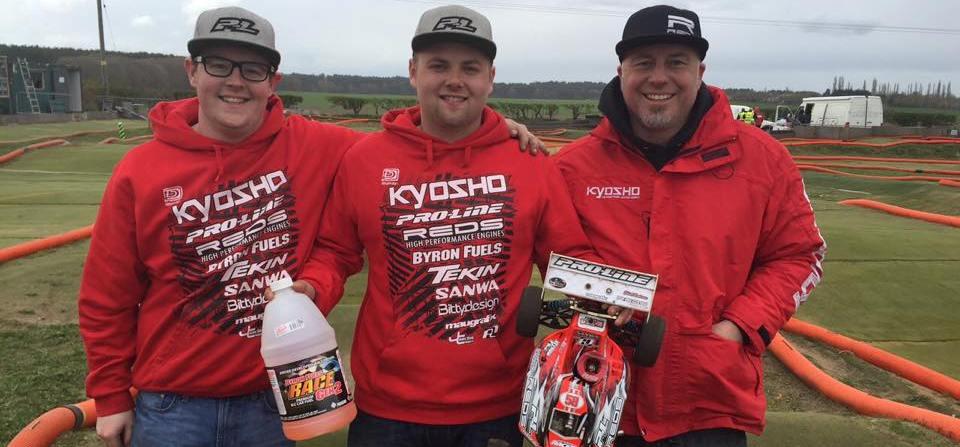 elliott boots wins BRCA Rd1 REDS Racing - Copia.jpg