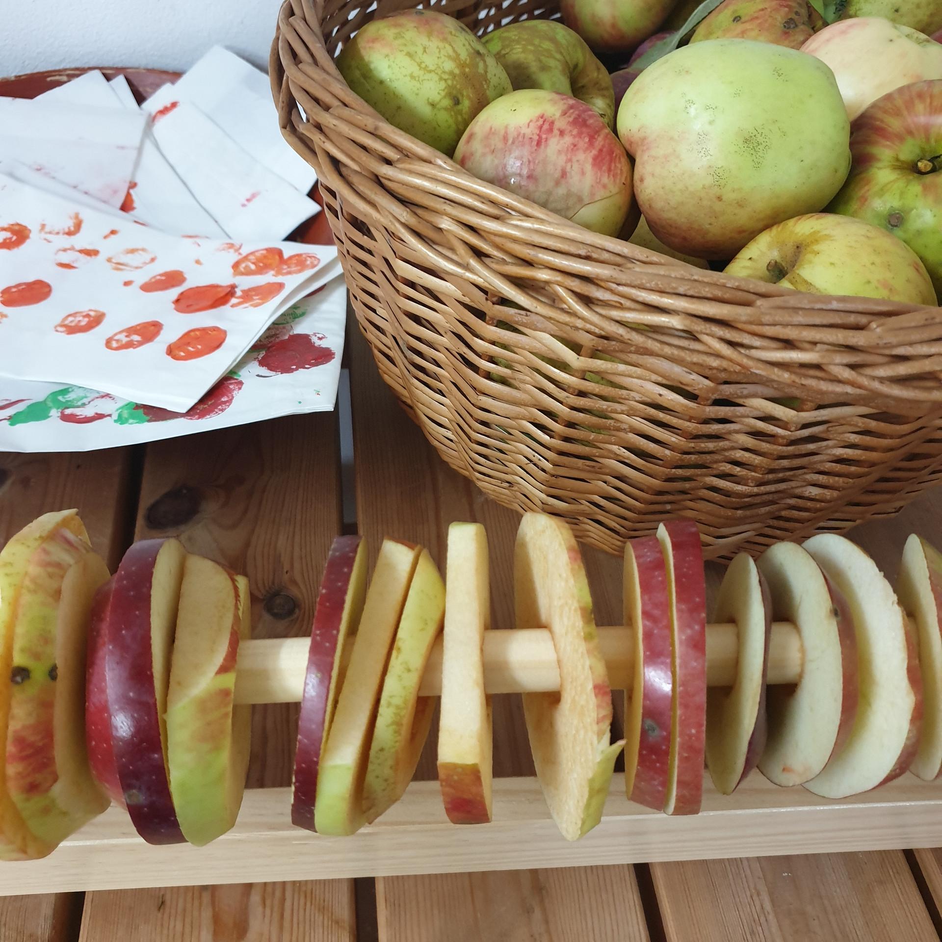 Äpfel, Äpfel, Äpfel...