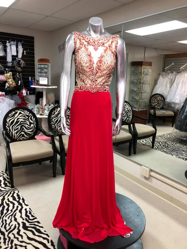Holly's Dress Boutique