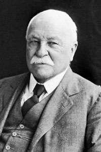 William-Dean-Howells-1913.jpg