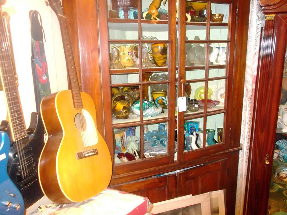 Brookside Antiques