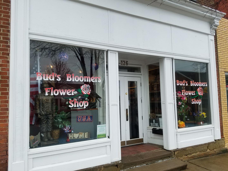 Bud's Bloomers Flower Shop