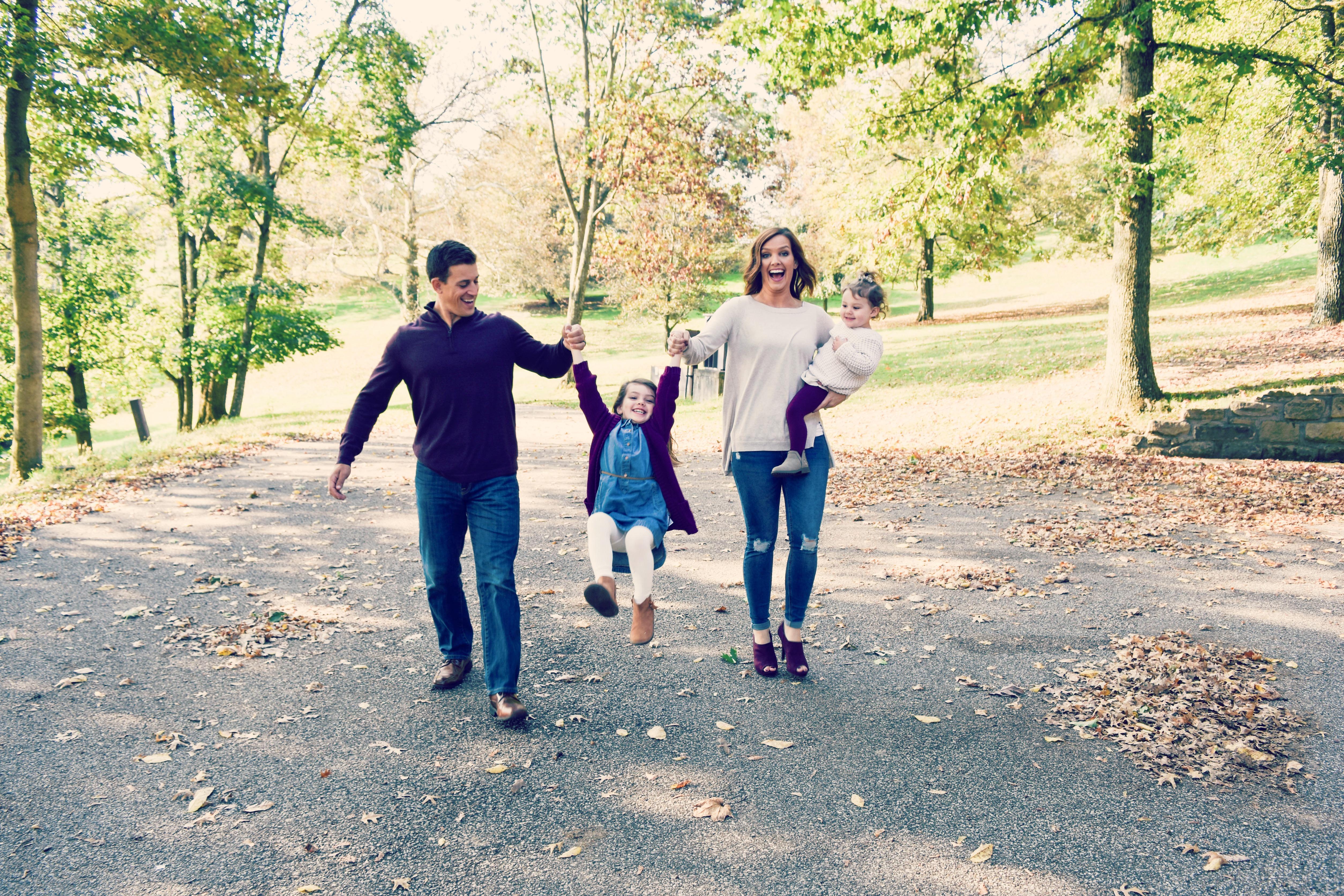 Edwards family magazine ad